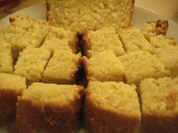 Fresh, Fluffy & Moist, Pound Cake